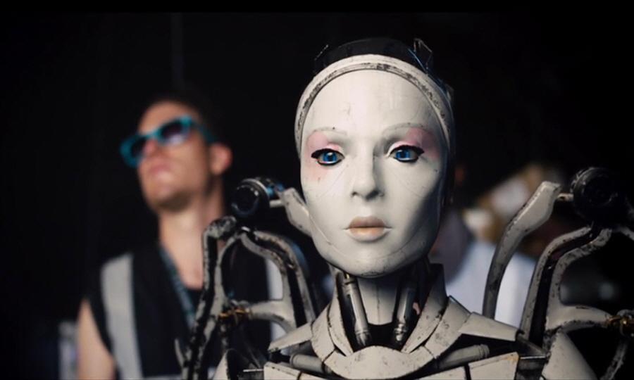 로봇과 허수아비